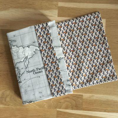 Couvre livre format Gallimard avec le tissu de votre choix, SUR COMMANDE