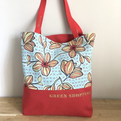 Sac shopping , fleurs -bleu et rouge