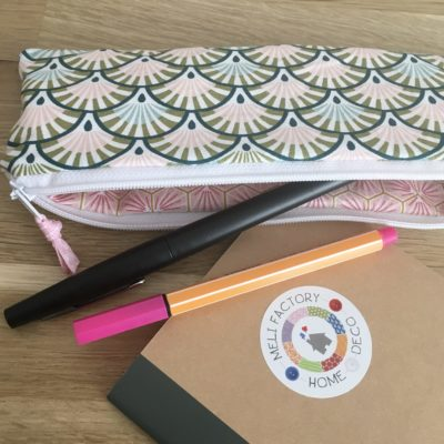Trousse à crayons,Eventails roses
