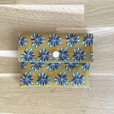 Pochette à savon, fleurs moutarde #RESERVE#