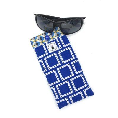 Etui à lunettes , carré bleu