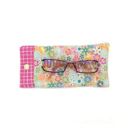 Etui à lunettes, Fleurs vintage