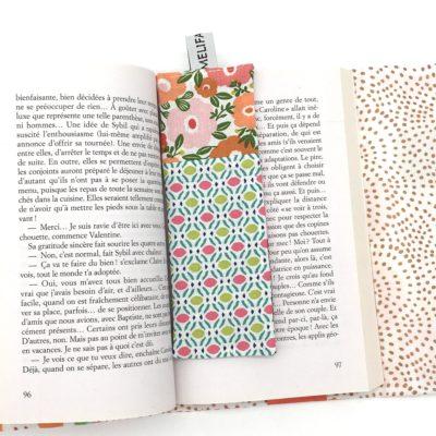 Marque page, Fleurs vert et rose